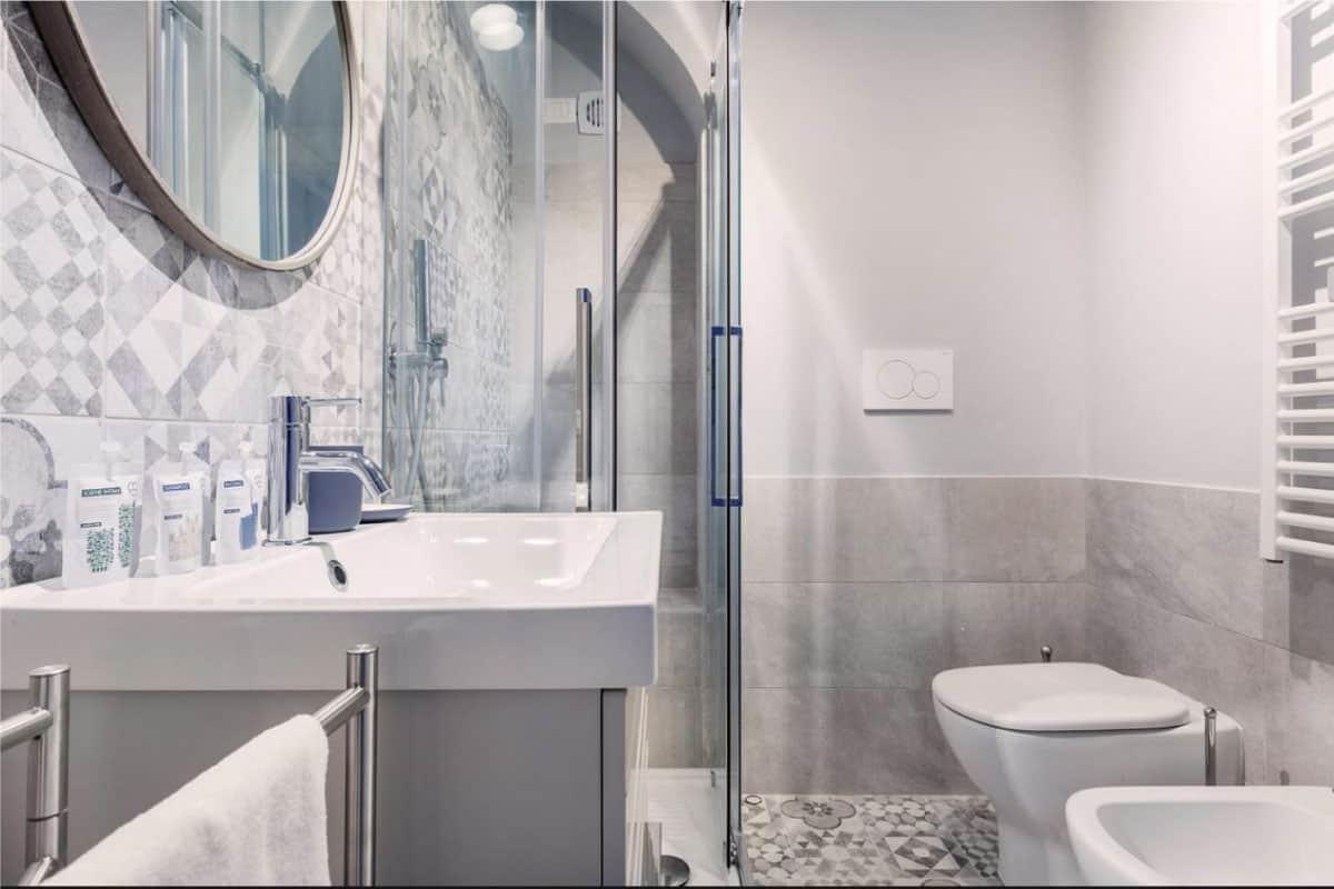 bagno lavandino appartamento Valmontone roma