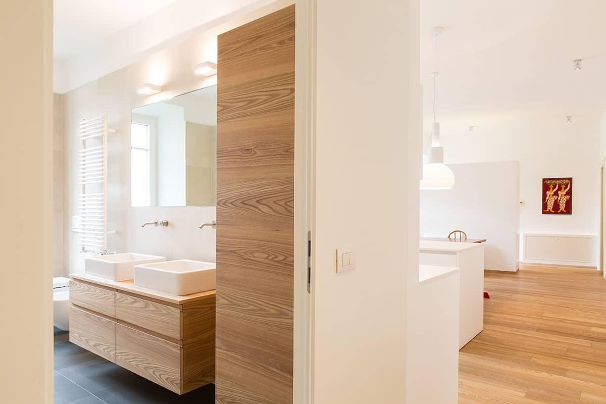 foto-di-bagno-in-stile-moderno-di-casahelp-ristrutturazioni